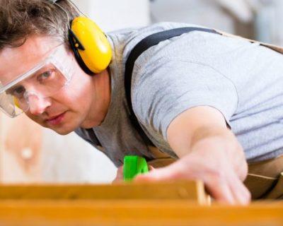 Rukovatelj strojevima za preradu i obradu drva